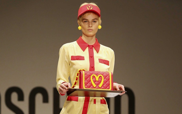 jeremy-scott-moschino-mcdonalds-921x576